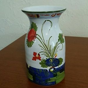 VINTAGE  ITALIAN  HAND PAINTED  POTTERY.  SIGNED